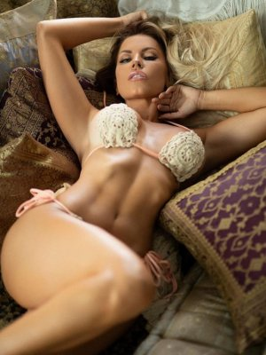 Nela sex parties in Hannibal, outcall escorts