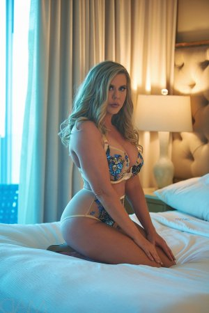 Maelanne incall escort in Lawrence