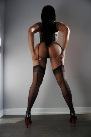 Hadjia outcall escort in Harrison AR