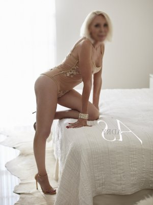 Alix-anne outcall escort in Laramie, adult dating